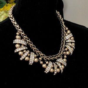 BANANA REPUBLIC Regency Statement necklace NWT$98